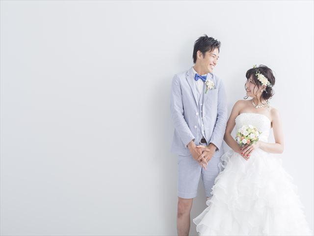 結婚式の衣装選びのコツ!おさえておくべき3つのポイント